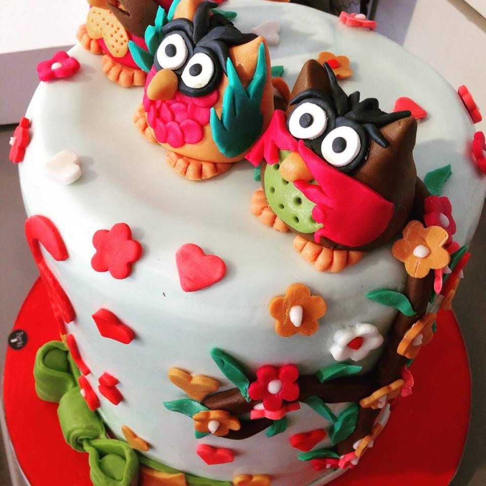 coffee and patisserie tserki paros custom cakes