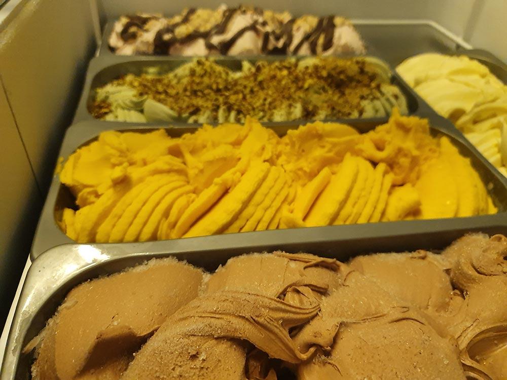 coffee and patisserie tserki paros ice cream