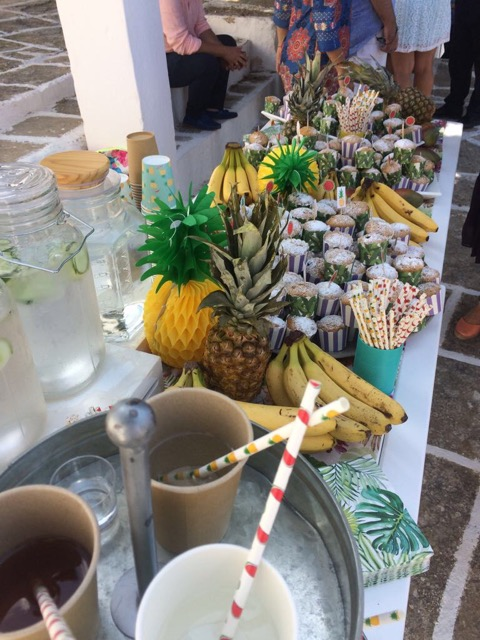 coffee and patisserie tserki paros fruit stand