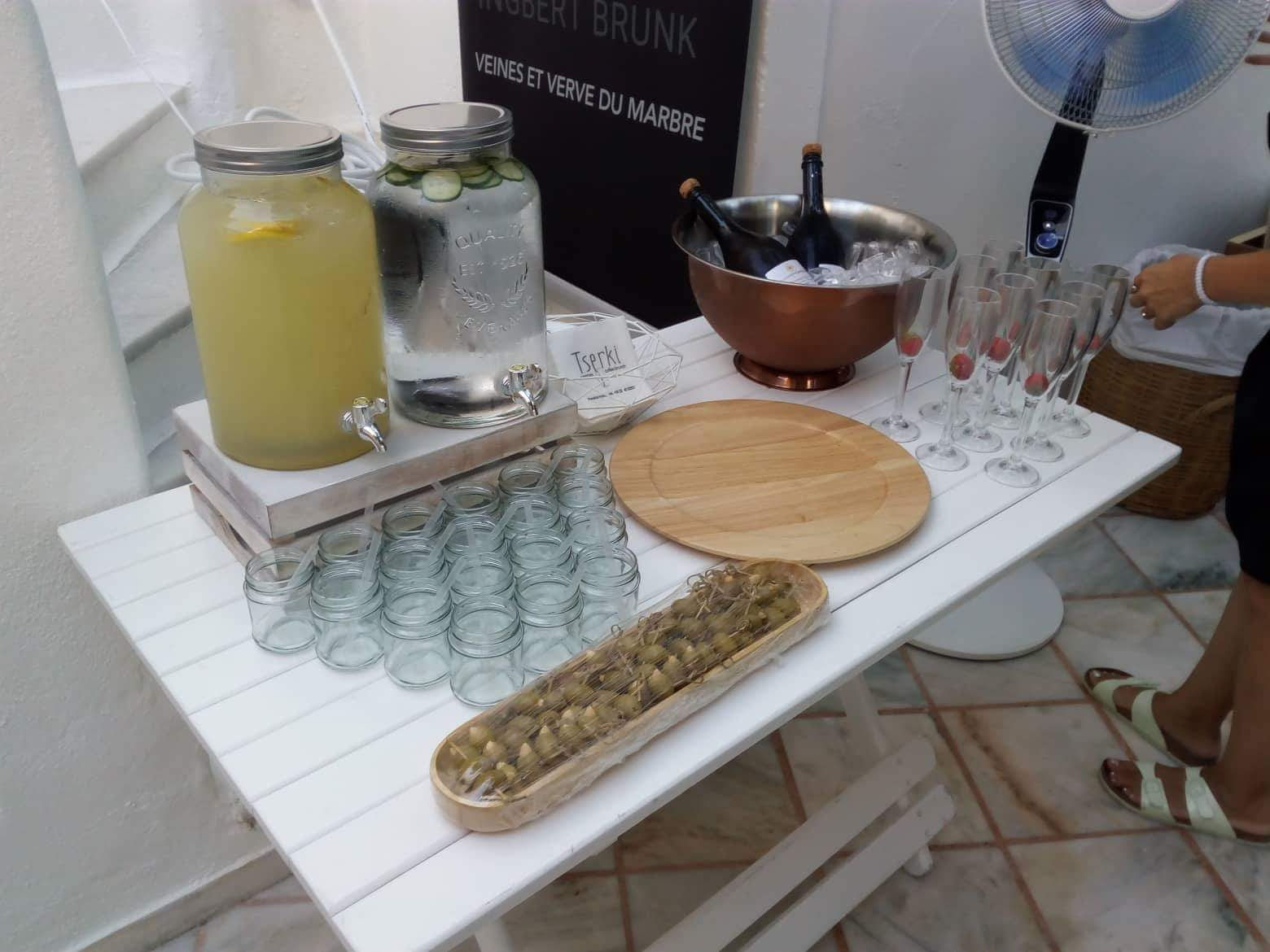 coffee and patisserie tserki paros refreshment stand