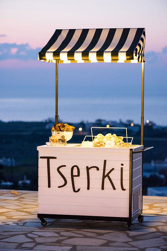 coffee and patisserie tserki paros ice cream cart