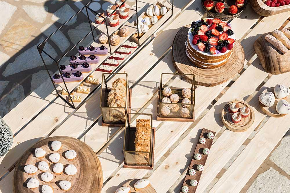 coffee and patisserie tserki paros candy bar